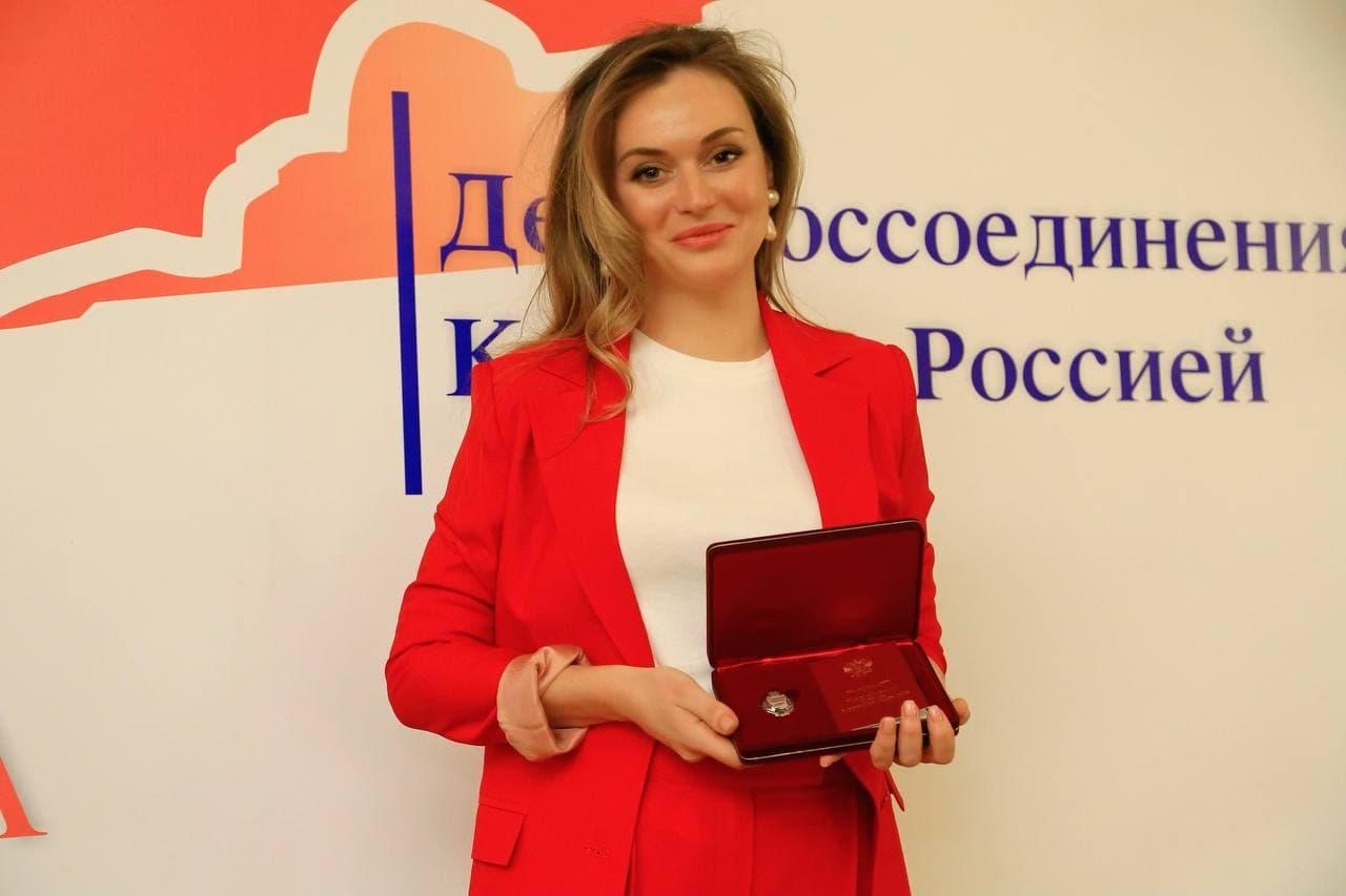 Volkonskaya 16