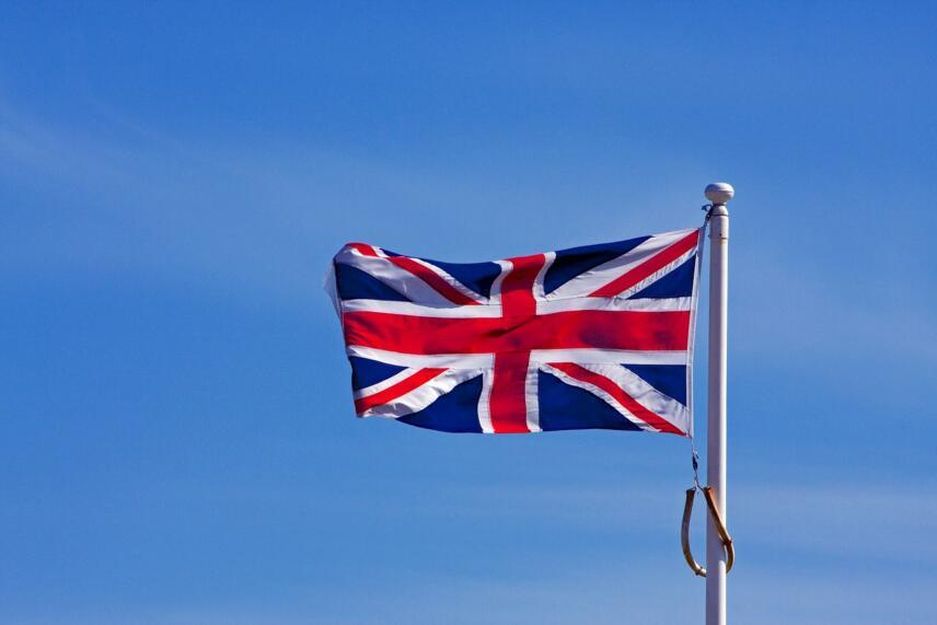 flag 164881 1280 856x571 1 16